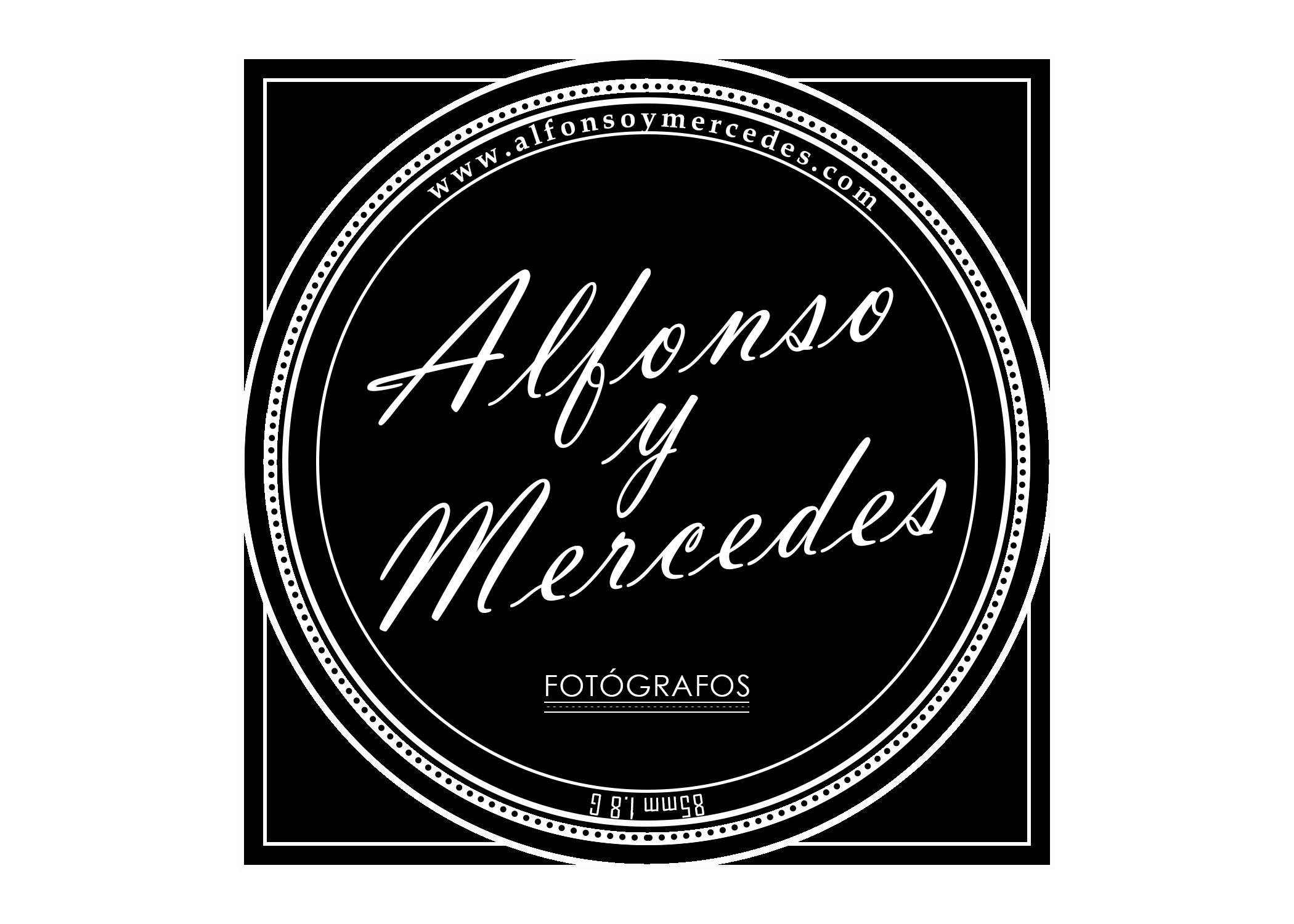 Logo AlfonsoyMercedes Fotógrafos
